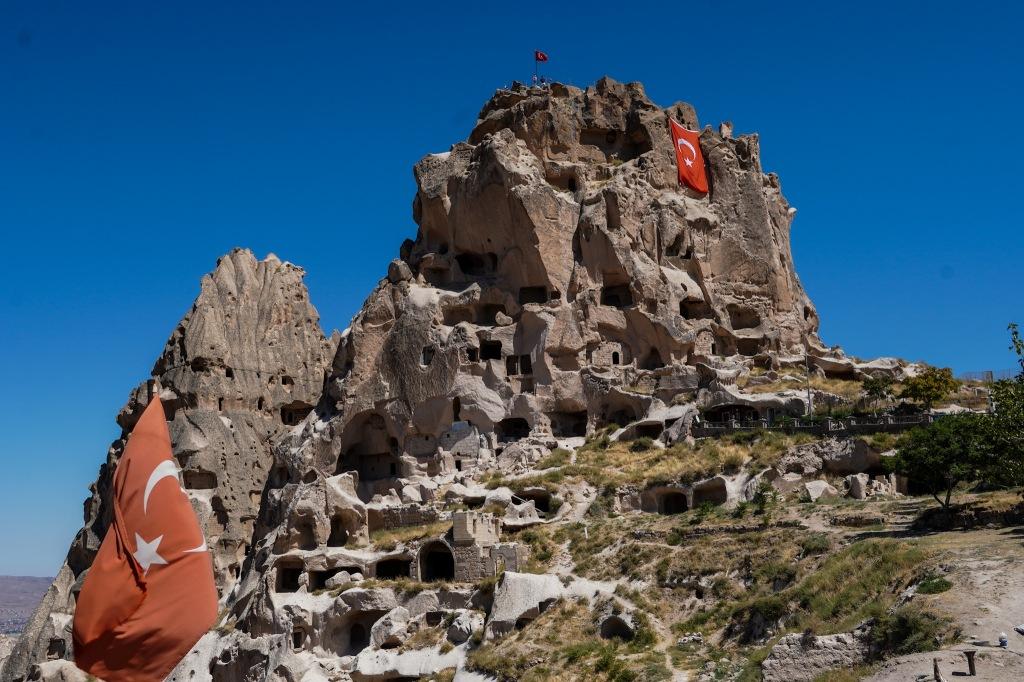 uchisar_castle_cappadocia_turkey