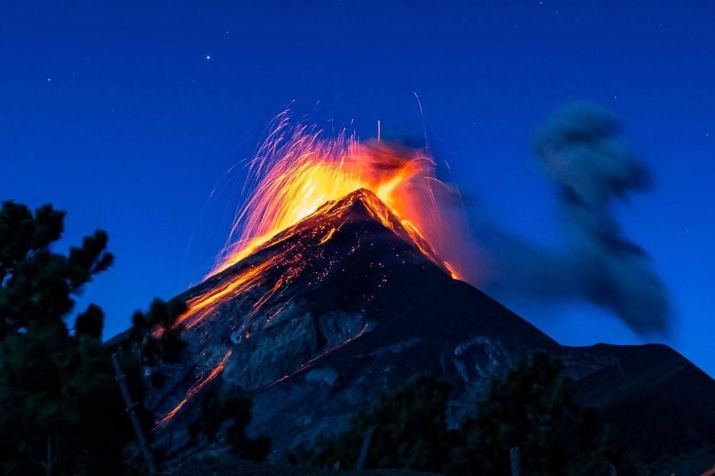fuego_volcano_guatemala