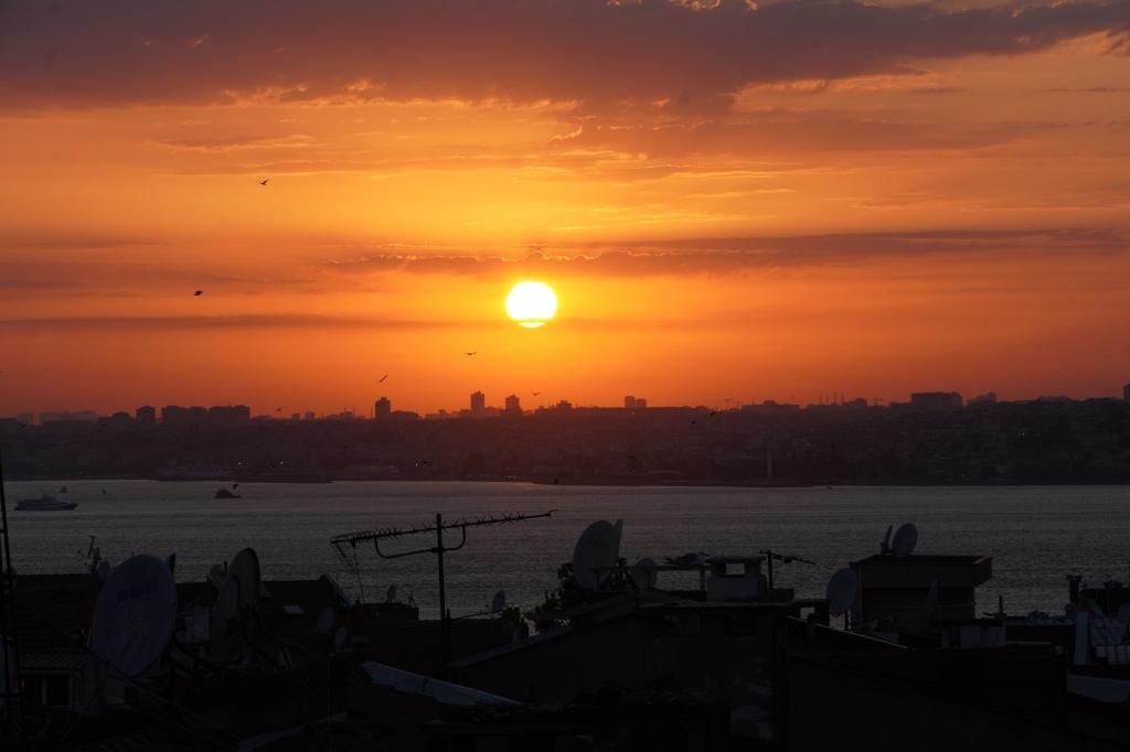 Moda_istanbul_sunset