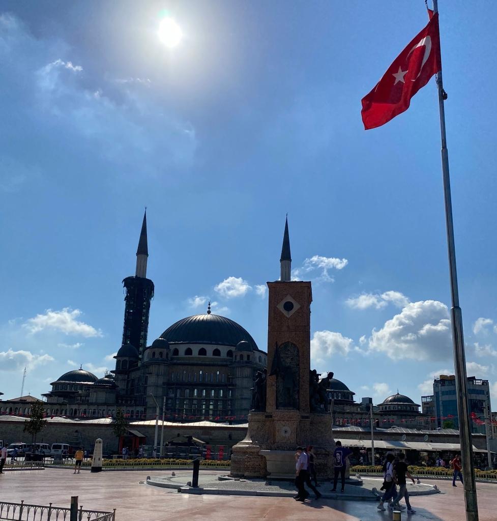 Taksim_square_istanbul