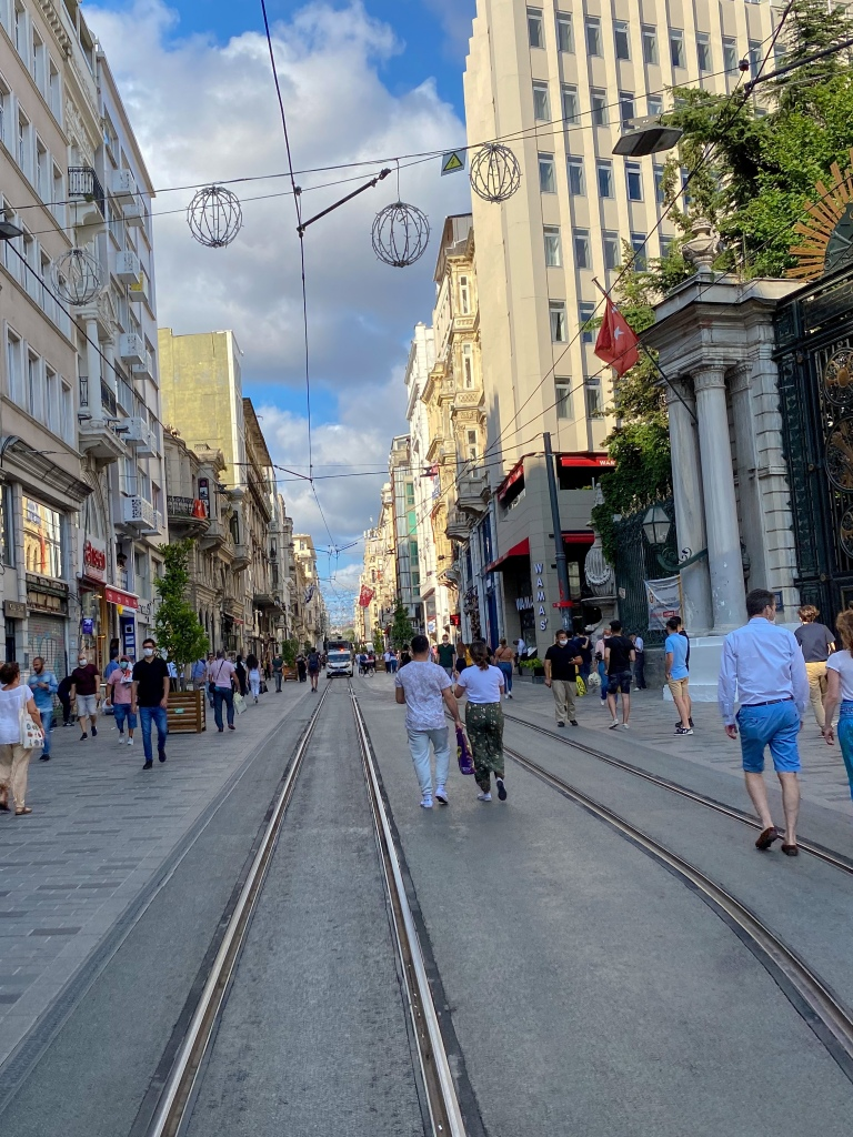 Istiklal_avenue_istanbul